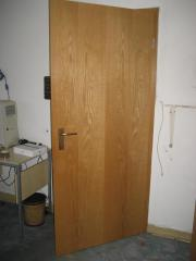 17 Türen Tür