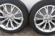 19 Zoll Audi Komplettradsatz / Felgen Verkaufe einen 19 Zoll Sommer komplettradsatz für Audi. Raddatz war vorher auf Audi-A8 montiert.Reifensatz hat die Größe 255/45/R19. ... 950,- D-76726Germersheim Heute, 15:13 Uhr, Germersheim - 19 Zoll Audi Komplettradsatz / Felgen Verkaufe einen 19 Zoll Sommer komplettradsatz für Audi. Raddatz war vorher auf Audi-A8 montiert.Reifensatz hat die Größe 255/45/R19