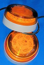 2 x LED