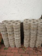 20 gebrauchte Rasengittersteine