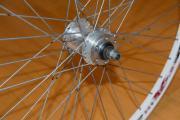 """26\"""" Zoll MTB Laufrad Felge Ich biete ein 26\"""" Zoll Mountainbike Vorderlaufrad mit Scheibenbremsen Aufnahme an. Das Laufrad besteht aus einer Aluminium Felge. Das Rad ist in einem ... 25,- D-64347Griesheim Heute, 21:03 Uhr, Griesheim - 26"""" Zoll MTB Laufrad Felge Ich biete ein 26"""" Zoll Mountainbike Vorderlaufrad mit Scheibenbremsen Aufnahme an. Das Laufrad besteht aus einer Aluminium Felge. Das Rad ist in einem"""