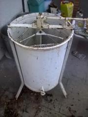 3-Waben Honigschleuder