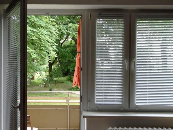 3 wei e jalousien in berlin gardinen jalousien kaufen und verkaufen ber private kleinanzeigen. Black Bedroom Furniture Sets. Home Design Ideas