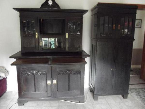 buffet und beistellschrank dunkelbraun bis schwarz guter zustand wegen umzug zu verkaufen auch. Black Bedroom Furniture Sets. Home Design Ideas