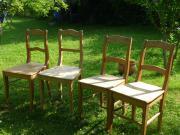 antike Stühle in