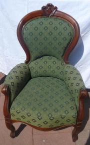 Antiker Stuhl aus