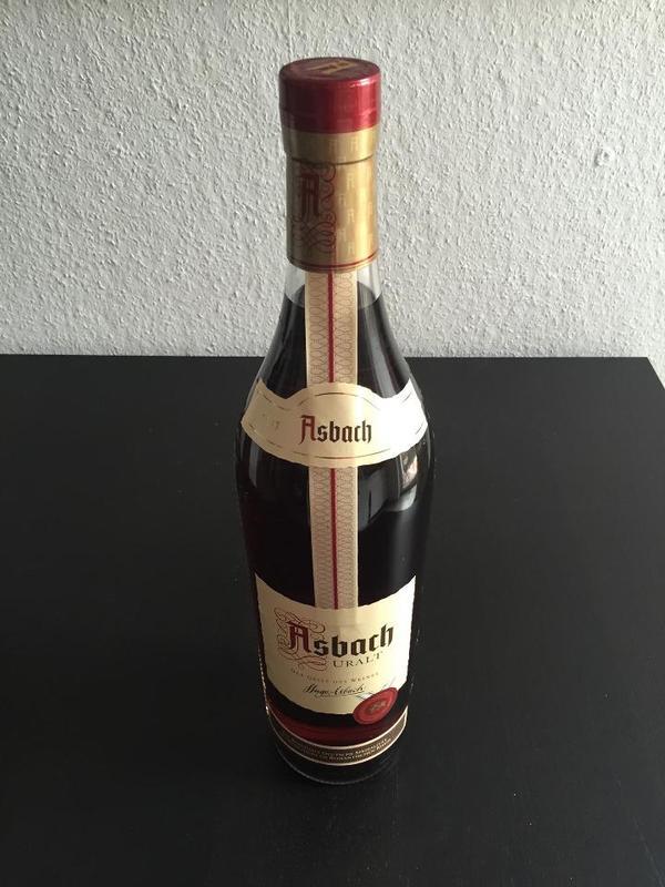 asbach uralt 3 liter gro flasche in karlsruhe alles. Black Bedroom Furniture Sets. Home Design Ideas
