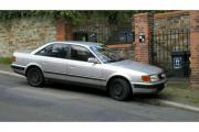Audi 100 Silbermetallic