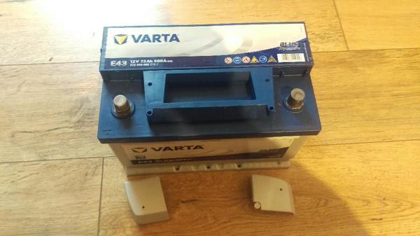 autobatterie varta 12v 72ah 680a 572 409 068 313 2 in. Black Bedroom Furniture Sets. Home Design Ideas