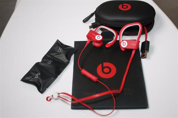 beats by dr dre kaufen gebraucht und g nstig. Black Bedroom Furniture Sets. Home Design Ideas