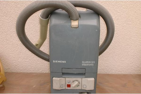 Biete SiemensStaubsauger mit Rohrfür 10,EUR,T in  -> Staubsauger Zubehör Siemens