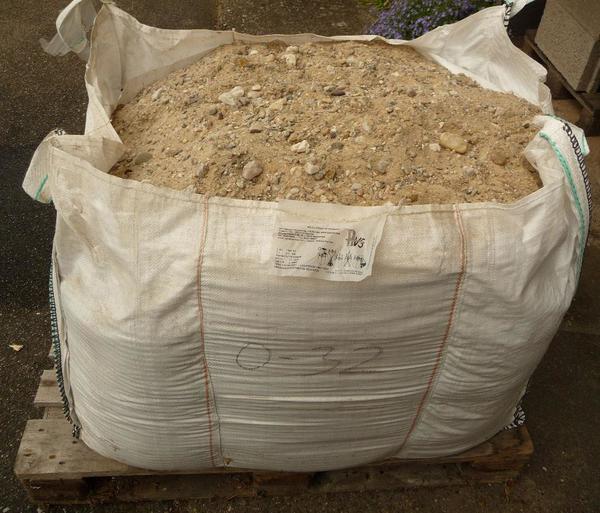 big bag mit sand und kies frostschutz k rnung ca 0 bis 32 mm in sinsheim sonstiges. Black Bedroom Furniture Sets. Home Design Ideas