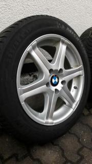 BMW 5er F10/F11 Winterreifen 8,0mm mit 17 Zoll Alufelgen RDC Ventile Verkauft wird ein Komplettradsatz von BMW für ein 5-er F10 / F11 oder 6-er F12 / F13 Die Felgen haben RDC Ventile (Reifendrucksensoren) und sind ... 375,- D-76726Germersheim Heute, 12:55 - BMW 5er F10/F11 Winterreifen 8,0mm mit 17 Zoll Alufelgen RDC Ventile Verkauft wird ein Komplettradsatz von BMW für ein 5-er F10 / F11 oder 6-er F12 / F13 Die Felgen haben RDC Ventile (Reifendrucksensoren) und sind