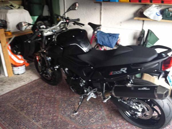 bmw f 800 r vollausstattung in p lzig unfall motorr der. Black Bedroom Furniture Sets. Home Design Ideas