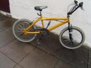 BMX Fahrrad, 20 Zoll, BMX Fahrrad, 20 Zoll, BMX-Lenker mit Rotor 360° drehbar BMX-Freestyle-Rahmen VR/HR:-Bremsen BMX-Flatpedalen BMX Fahrrad, Pegs hinten und vorne 70,- D-70806Kornwestheim Heute, 16:53 Uhr, Kornwestheim - BMX Fahrrad, 20 Zoll, BMX Fahrrad, 20 Zoll, BMX-Lenker mit Rotor 360° drehbar BMX-Freestyle-Rahmen VR/HR:-Bremsen BMX-Flatpedalen BMX Fahrrad, Pegs hinten und vorne