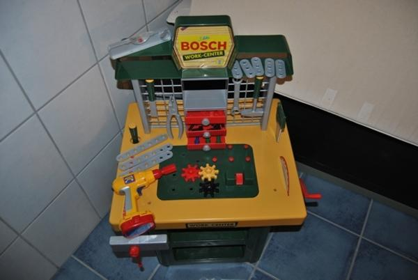 bosch kinderwerkbank in mehlingen sonstiges kinderspielzeug kaufen und verkaufen ber private. Black Bedroom Furniture Sets. Home Design Ideas