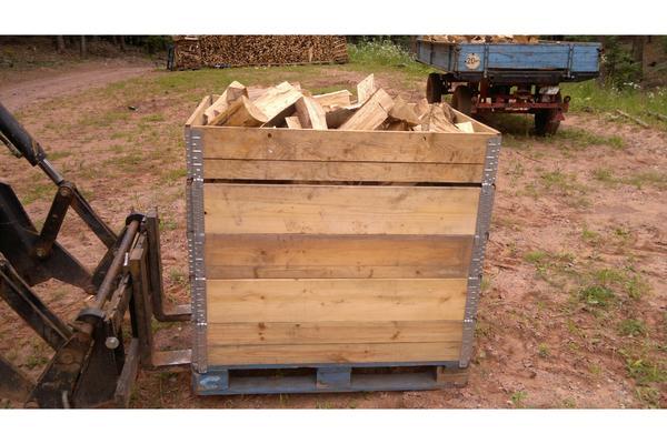 brennholz kaminholz buche eiche edelkastanie frisch 25 cm oder 30 cm l nge in zeiskam. Black Bedroom Furniture Sets. Home Design Ideas