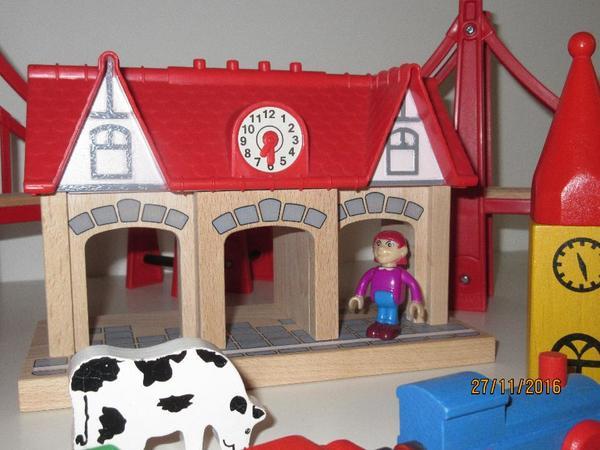 holzeisenbahn brio eichhorn kaufen gebraucht und g nstig. Black Bedroom Furniture Sets. Home Design Ideas
