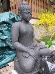 Buddha riesig Lavastein