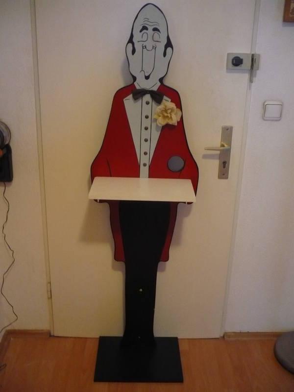 butler aus holz in frankfurt kunst gem lde plastik kaufen und verkaufen ber private. Black Bedroom Furniture Sets. Home Design Ideas