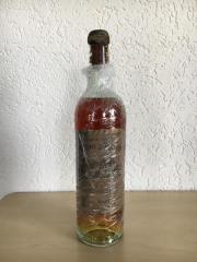 Chateau d`Yquem 1890 - 0,75l, Sauternes, Rarität - fast 130 Jahre alt!! Zum Verkauf steht eine Flasche: Chateau d`Yquem 1890. Eine A B S O L U T E Rarität. Fast 130 Jahre alt, Zustand dafür unglaublich gut. Füllstand: ... 3.180,- D-01067Dresden Heute, 11: - Chateau d`Yquem 1890 - 0,75l, Sauternes, Rarität - fast 130 Jahre alt!! Zum Verkauf steht eine Flasche: Chateau d`Yquem 1890. Eine A B S O L U T E Rarität. Fast 130 Jahre alt, Zustand dafür unglaublich gut. Füllstand: