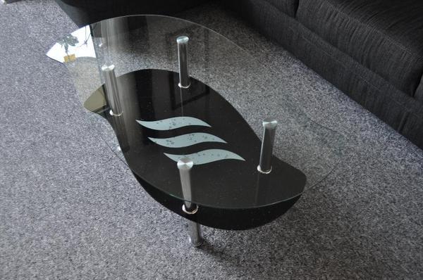 couchtisch glas glitzer inspirierendes design f r wohnm bel. Black Bedroom Furniture Sets. Home Design Ideas