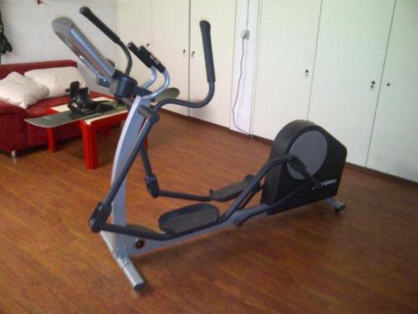 crosstrainer life fitness x1 go in bremen fitness. Black Bedroom Furniture Sets. Home Design Ideas