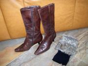 Damenbekleidung / Schuhe = Stiefelette =