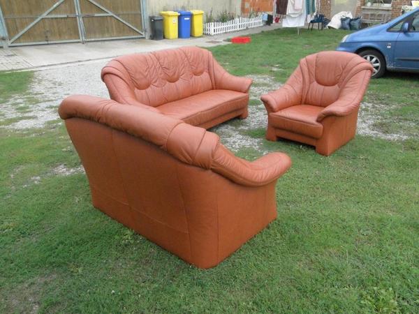 dreisitzer zweisitzer und sessel aus echten braunen leder in emden polster sessel couch. Black Bedroom Furniture Sets. Home Design Ideas