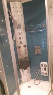 Duschkabiene