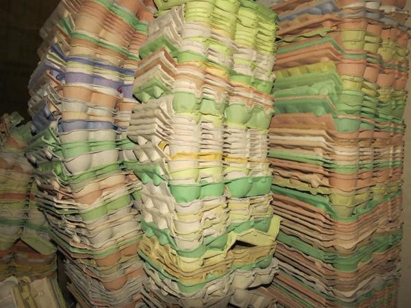 eierverpackungen eierschachteln eierkartons in breesen nutztiere kaufen und verkaufen ber. Black Bedroom Furniture Sets. Home Design Ideas