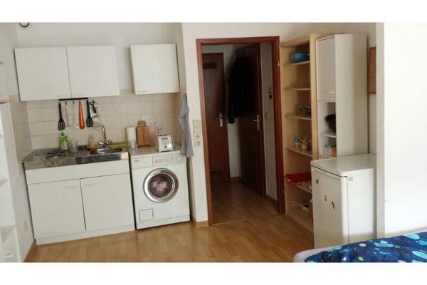 ein zimmer wohnung 30 qm in mannheim vermietung 1 zimmer wohnungen kaufen und verkaufen ber. Black Bedroom Furniture Sets. Home Design Ideas