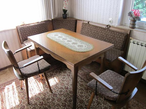 essecke im landhausstil in n rnberg speisezimmer. Black Bedroom Furniture Sets. Home Design Ideas