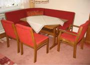 Essecke mit Stühlen,