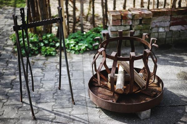Hagebaumarkt Gartenmobel Angebote : FEUERKORB  RUSTIKAL mit AscheAuffangsohle siehe Bilder  Rustikale