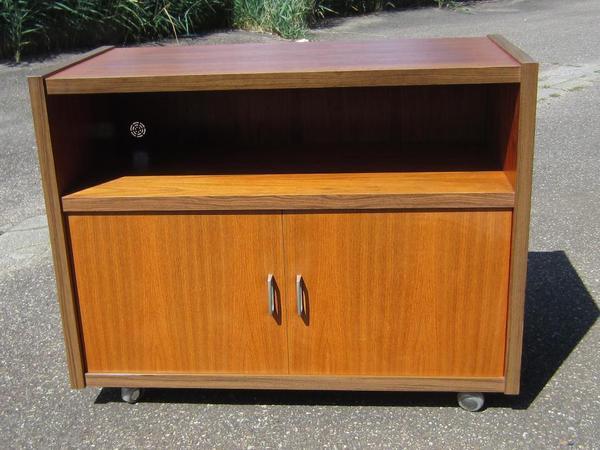 formsch ner fernsehschrank phonom bel 60 70er design toll erhalten in eppingen phono tv. Black Bedroom Furniture Sets. Home Design Ideas