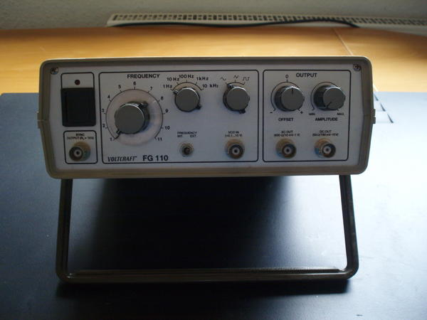 frequenzgenerator voltcraft fg110 elektronik aus remchingen. Black Bedroom Furniture Sets. Home Design Ideas