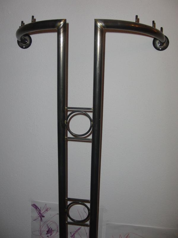 Garderobe stahl metall in erbach garderobe flur for Garderobe metall