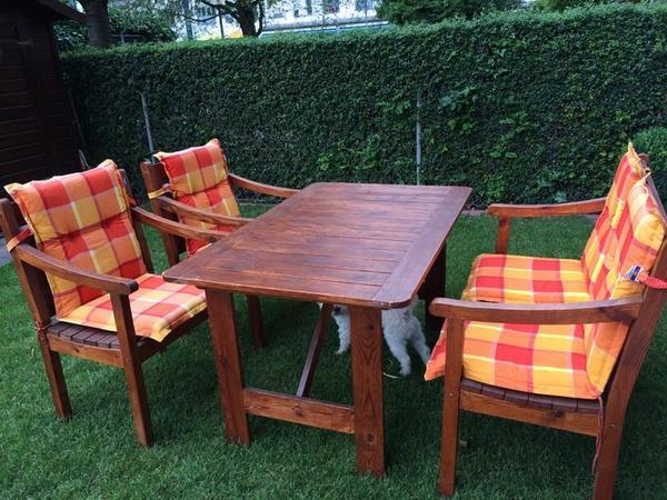 Gartenmobel Gartenregal Eisen : Garten Sitzgruppe aus Holz Tisch Stühle und Bank Gartenmöbel
