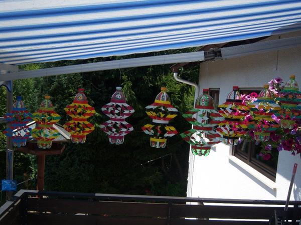handarbeit windspiel plastikflasche geschenk idee garten dekoration in frankeneck sonstiges. Black Bedroom Furniture Sets. Home Design Ideas