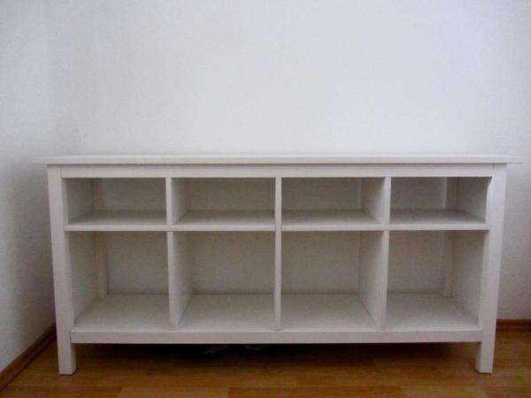 hallo ich m chte gerne meinen gut erhaltenen hemnes ablagetisch wei verkaufen massivholz. Black Bedroom Furniture Sets. Home Design Ideas