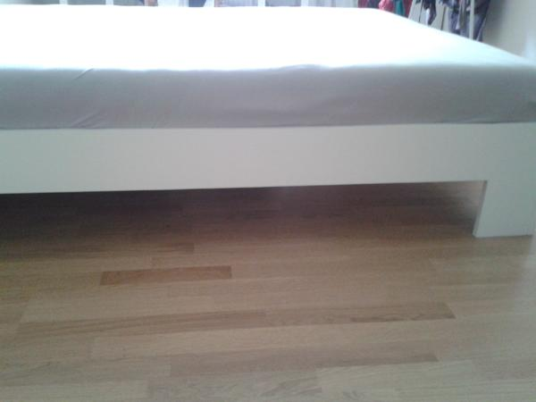 holzbett 140 neu und gebraucht kaufen bei. Black Bedroom Furniture Sets. Home Design Ideas