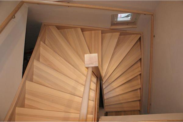 holztreppe bekleidung der betontreppe oder gel nder kleinanzeigen aus leipzig rubrik holz. Black Bedroom Furniture Sets. Home Design Ideas