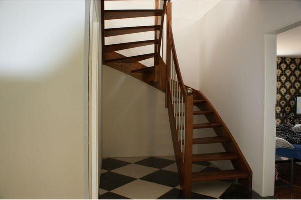 holz bild 7 der anzeige holztreppe bekleidung der betontreppe oder gel nder. Black Bedroom Furniture Sets. Home Design Ideas