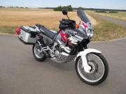 Honda XRV 750