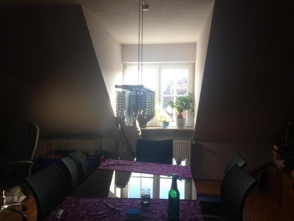 weihnachten am festlich geschm ckten designertisch mit der familie essen dann sollten sie sich. Black Bedroom Furniture Sets. Home Design Ideas