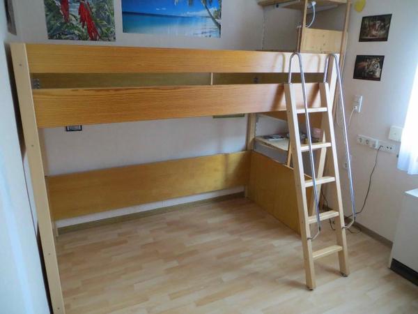 h lsta jugendbett kinderbett hochbett 90x200cm sehr guter zustand in gerlingen kinder. Black Bedroom Furniture Sets. Home Design Ideas