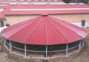 Hufschlagüberdachung und Longierhallen