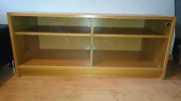 ikea benno tv schrank regal mit glasschiebet ren buche. Black Bedroom Furniture Sets. Home Design Ideas