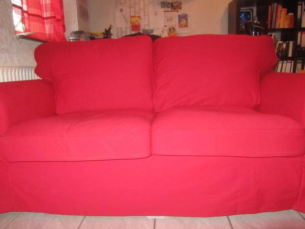 ikea ektorp 2er sofa rot mit hocker schwarz rot in koblenz polster sessel couch kaufen. Black Bedroom Furniture Sets. Home Design Ideas